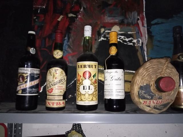 Botellas Antiguas De Vino Dulce Oporto