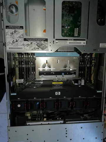 PROLIANT DL380 2 X5680 32 GB 4 SSD 250 - foto 2