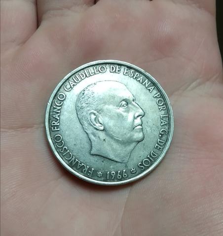 Moneda 100 Pesetas Del Año 1966