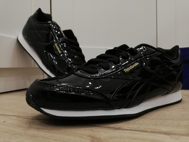 mizuno womens volleyball shoes size 8 x 3 fit hombre zara