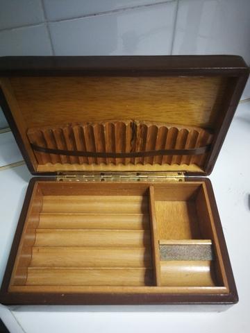 Caja De Puros Antigua