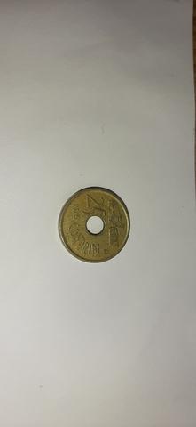 Moneda De 25 Pts Con Agujero