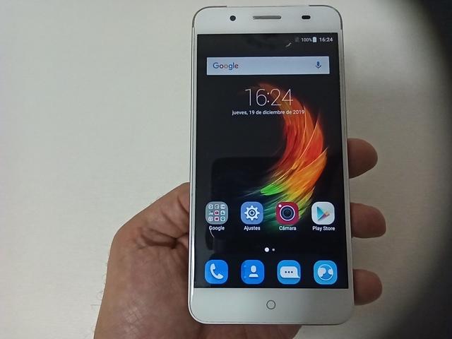 SMARTPHONE ZTE BLADE A610 PLUS + FUNDA - foto 1