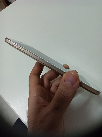 SMARTPHONE ZTE BLADE A610 PLUS + FUNDA - foto 4