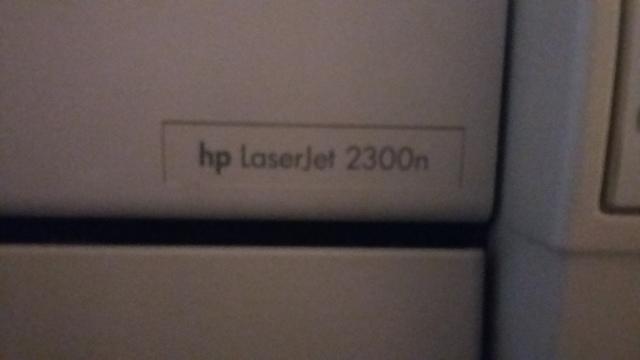 IMPRESORA HP LASERJET 2300N - foto 2