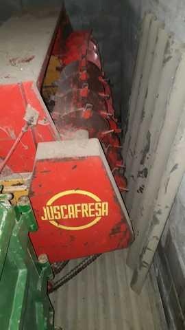 REMOLQUE ESPARCIDOR JUSCAFRESA - foto 3