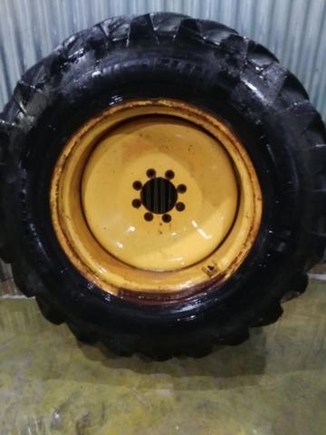 109cm Massey Ferguson 35 /& 35 Gasolina Silenciador Tubo montaje de 35 mm longitud total
