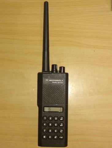 MOTOROLA GP300 VHF 5 TONOS DTMF - foto 1