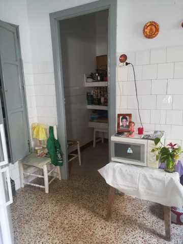 CASA CON NECESIDAD DE MEJORAS - foto 5
