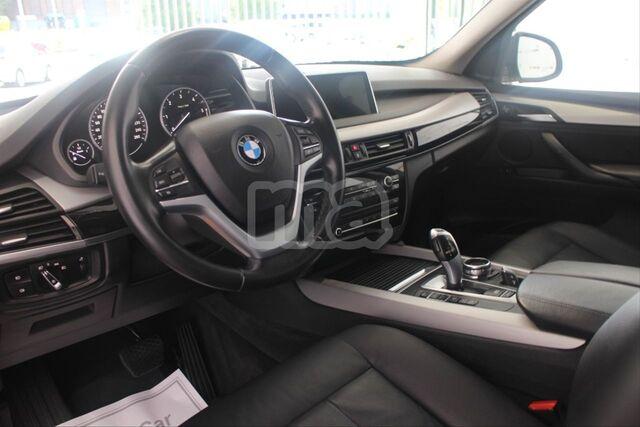 BMW - X5 XDRIVE30D - foto 9