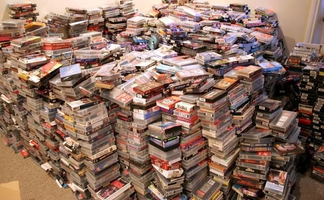 ACEPTAMOS DONACIONES DE PELICULAS VHS - foto 1