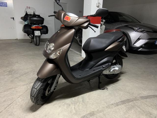 Funda Cubre Asiento Scooter O Moto Yamaha Neos 50cc Motos Accesorios Y Piezas Jaknapp Coche Y Moto