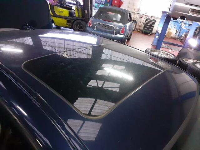 Schwarz Effekt 3D Sitzbezüge für SKODA FABIA Autositzbezug VORNE