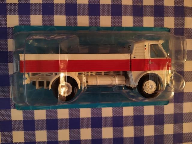 Camión Colección Pegaso Salvat