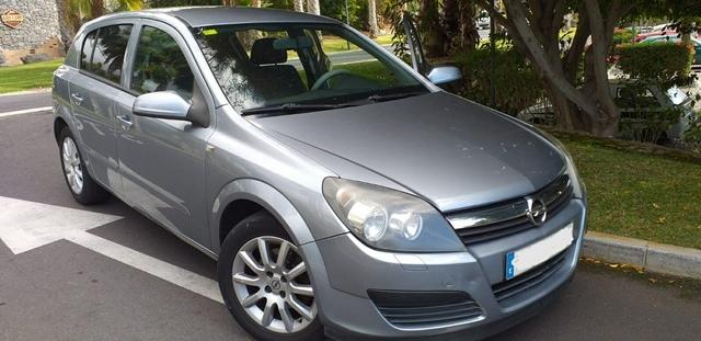 Opel Astra H combi 2004-2010 tanque para los vehículos con cierre centralizado