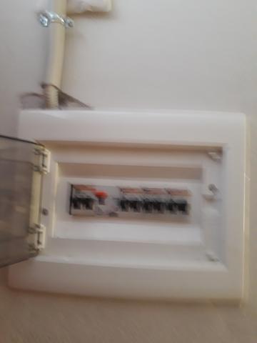 ELECTRICIDAD Y MANTENIMIENTO - foto 8