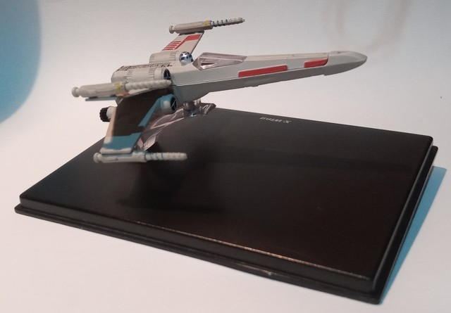 SOLO Y-Wing con BOMBA-DIE CAST DISPLAY STAND-Vintage Star Wars Stand