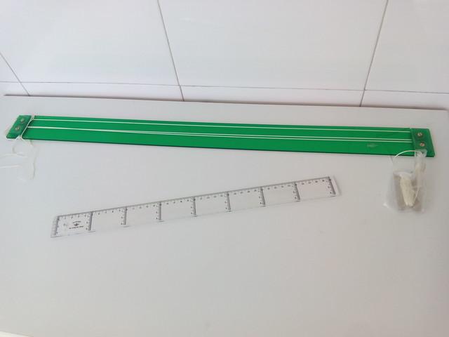 Un conjunto de cuatro plantillas de acrílico flor para su uso con una regla pie 4 mm