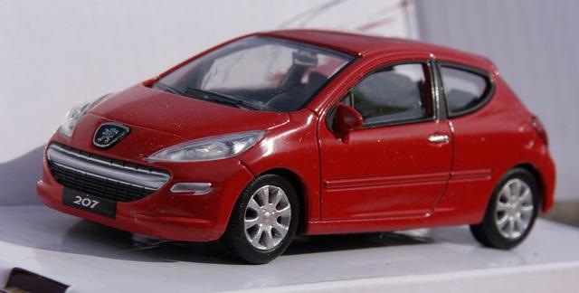 Peugeot 207 Escala 1:43 De Mondomotors E
