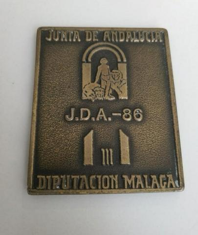 PLACA MEDALLA DE JUNTA ANDALUCÍA 1986 - foto 1
