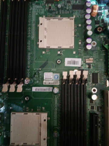 PLACA BASE AMD  H8DAE  A REPARAR - foto 2