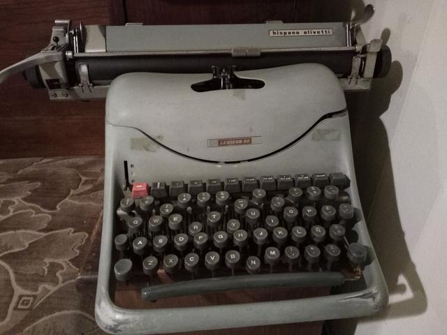Máquina De Escribir Lexicon 80