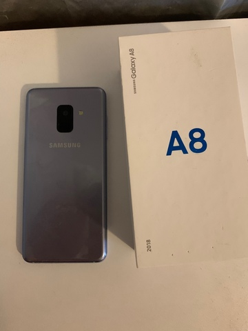 SAMSUNG A8 - foto 1