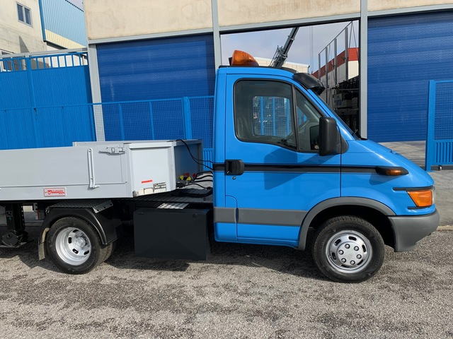 IVECO - DAILY 40C13 - foto 4