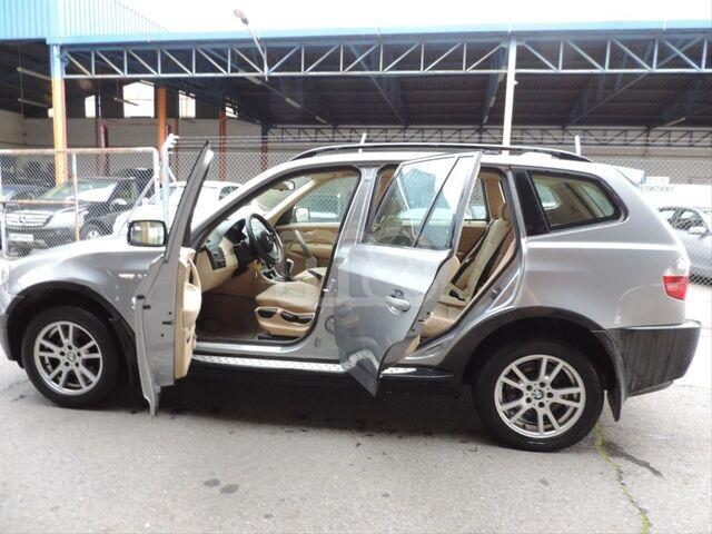 BMW - X3 2. 0D - foto 1