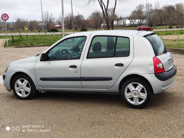 RENAULT - CLIO DCI - 39, 90€/MES - foto 2