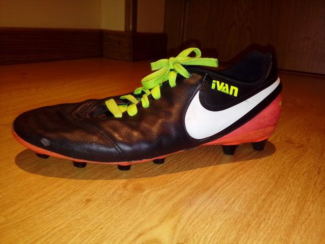 Curiosidad foro Buque de guerra  botas de futbol nike con tacos - Tienda Online de Zapatos, Ropa y  Complementos de marca