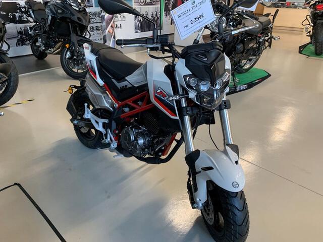Moto Benelli Leoncino 500 - MotoPower