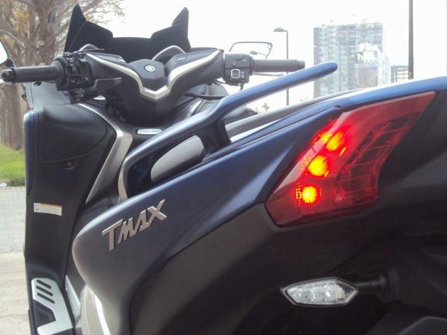 YAMAHA - T-MAX 530 ABS - foto 7