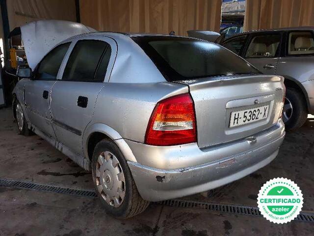 ZKL Op Astra G de 1998 color blanco