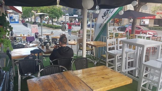 CAFETERIA LOUNGE BAR - AV R SORIANO - foto 1