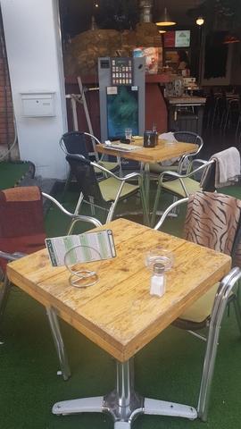 CAFETERIA LOUNGE BAR - AV R SORIANO - foto 3