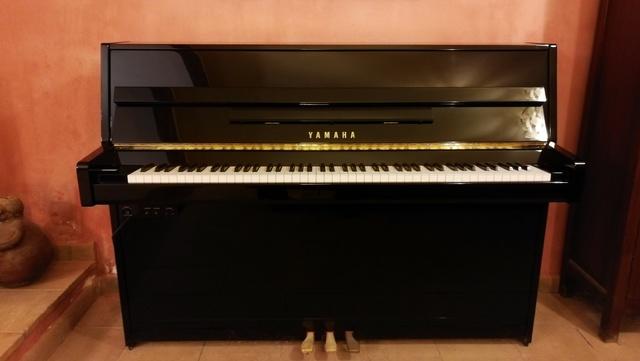 PIANO VERTICAL YAMAHA SILENT B1 - foto 1