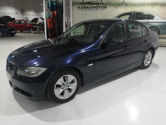 BMW - SERIE 3 320D - foto 2