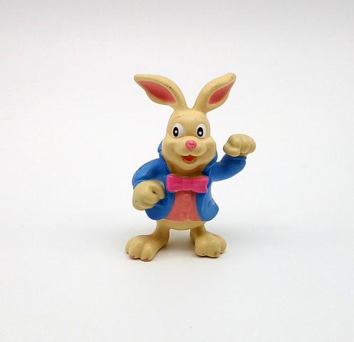 Conejo Alicia (Figura Pvc)