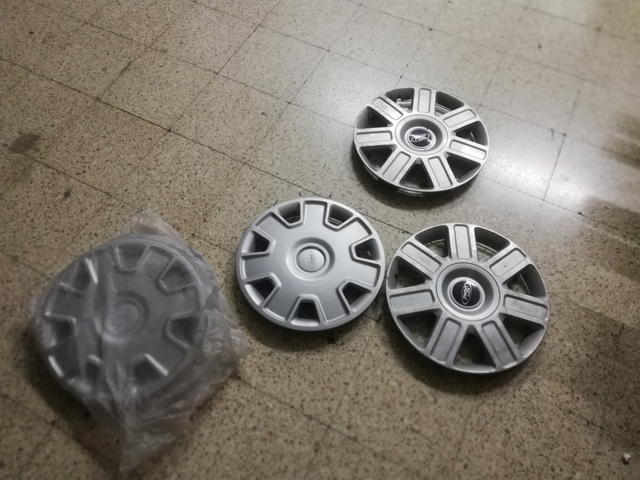 etc. 4 flexible tapacubos 16 pulgadas en plata para Ford Transit