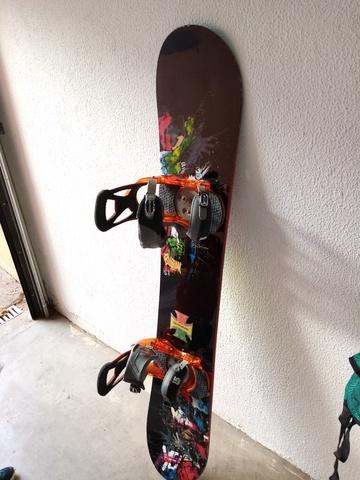 TABLA SNOWBOARD BURTON CON FIJACIONES - foto 1