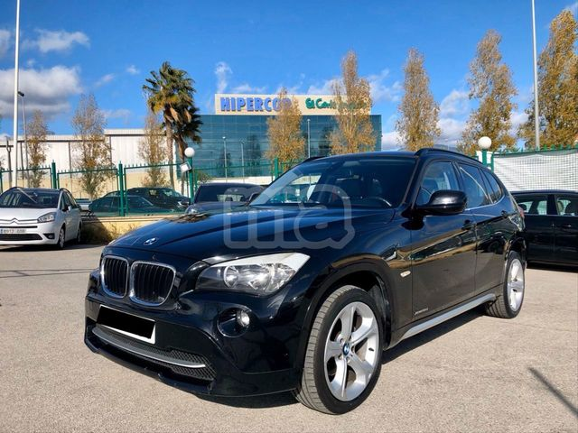 BMW - X1 XDRIVE18D AUTO - foto 1
