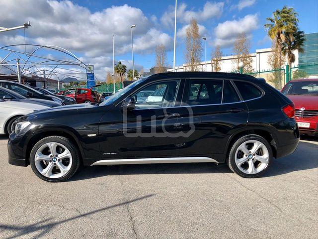 BMW - X1 XDRIVE18D AUTO - foto 2