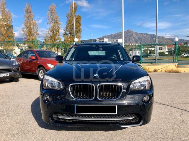 BMW - X1 XDRIVE18D AUTO - foto 4