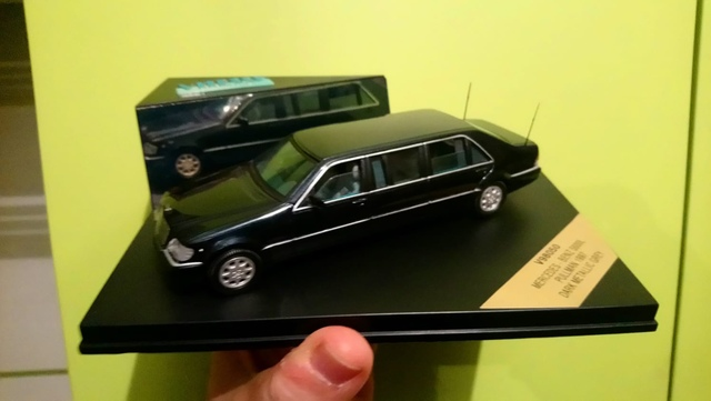Mercedes Benz W 29-500 K roadster gris 1:18 nuevo embalaje original
