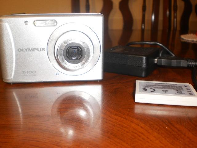 VENDO CÁMARA DE FOTOS OLYMPUS T-100 - foto 1
