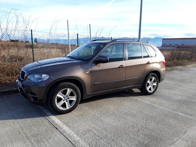 BMW - X5 - foto 1