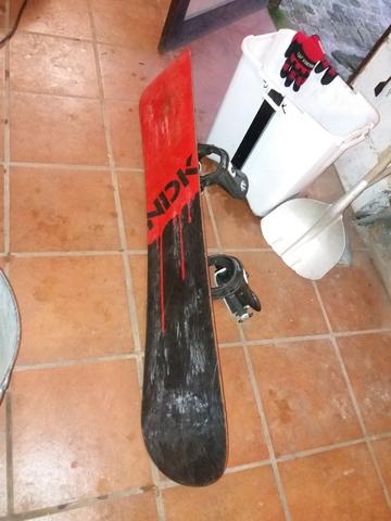 TABLA DE SNOWBOARD CON FIJACIONES DE 154 - foto 3