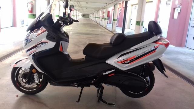 SYM - MAXIM 400.  ABS - foto 3