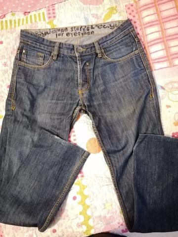 Pantalones cagados Desigual de segunda mano por 10 € en